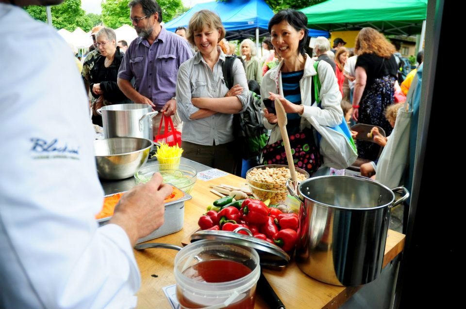 Chef-Ned-Bell-Cooks-On-Trout-Lake-Farmers-Vancouver-Market