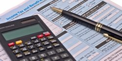 tax-form-with-calculator