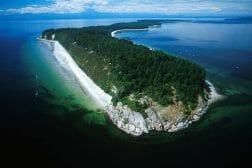 7 секретных мест Британской Колумбии, Savary Island