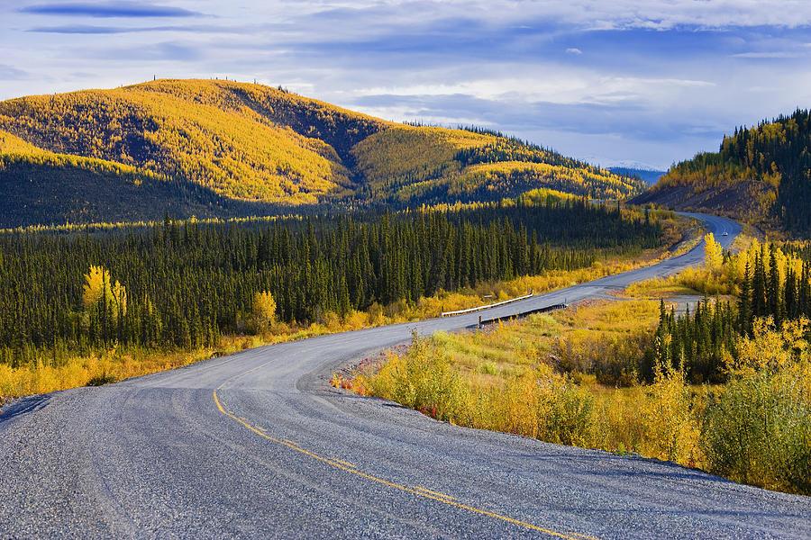 alaska-highway, Осень в Канаде, 9 мест, которые нужно посетить осенью в Канаде,must see in Canada