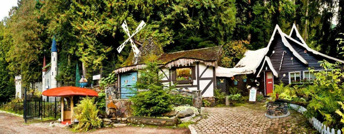 enchanted-forest-entrance-web