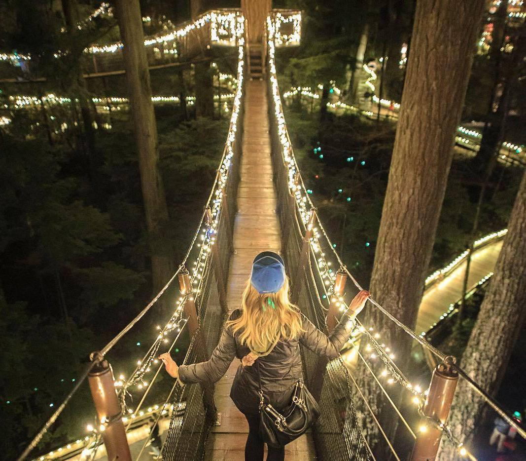 подвесной мост Капилано, Рождество