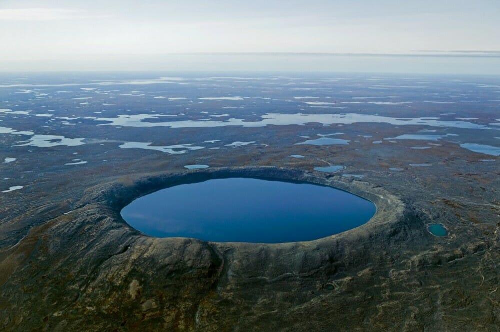 кратер в Канаде, Квебек, природа Канады, лучшие места планеты