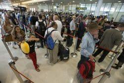 Канада, Авиа, министр транспорта Канады, перелеты станут дешевле