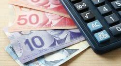 средняя почасовая зарплата в Канаде