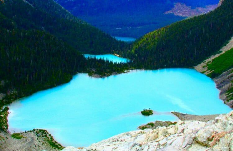 канадские озера