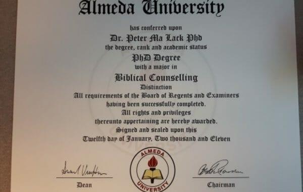 Расследование сотни канадских профессионалов имеют фальшивые  фальшивые дипломы в Канаде