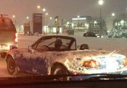 кабриолет зимой в Канаде