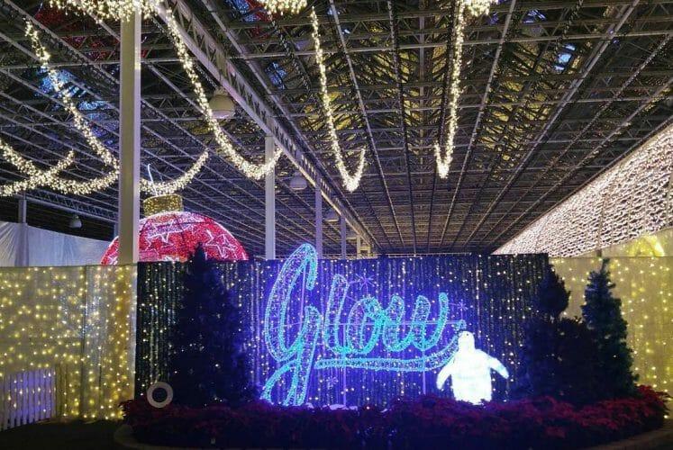 Ванкувер. рождественское световое шоу Glow