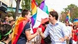 Трюдо извинился перед геями
