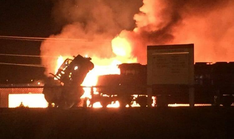 Пожар в Порт-Кокитлам