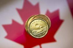 деньги в Канаде, канадский доллар